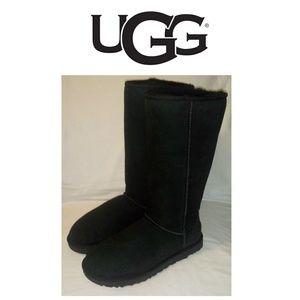 UGG Classic Tall II *NWOT*